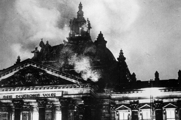 Eμπρηστική επίθεση που έγινε στο Γερμανικό κοινοβούλιο στο Βερολίνο, το βράδυ της 27ης Φεβρουαρίου 1933